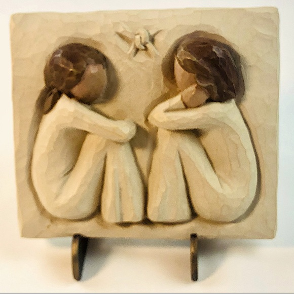 2001 Willow Tree Friendship Plaque by Susan Lordi